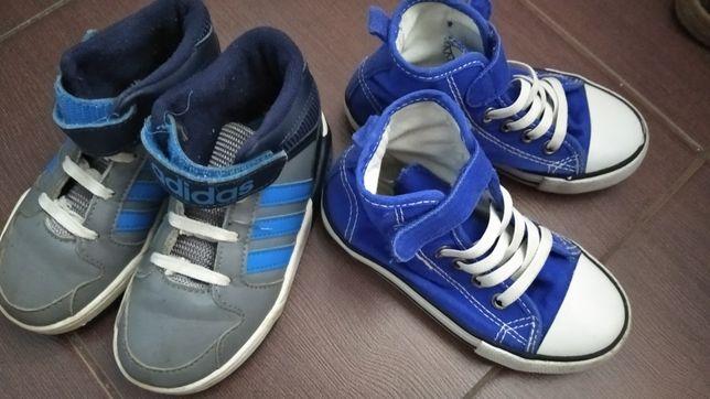 Dwie pary butów dla chłopca