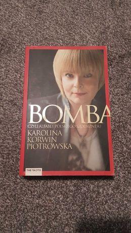 bomba - Karolina  Korwin Piotrowska