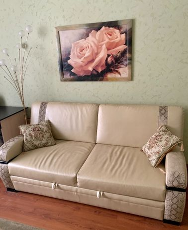 продам мягкий уголок - диван и кресло