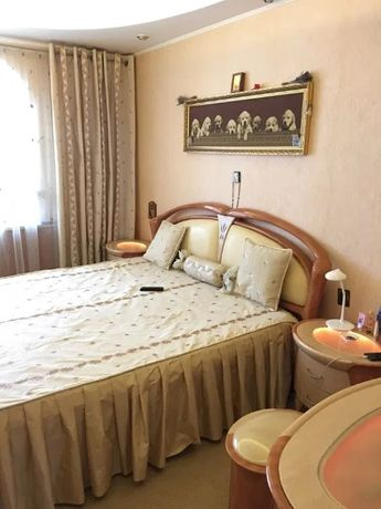 Продам 3-комнатную квартиру с ремонтом А.Невского/Вузовский.1I27