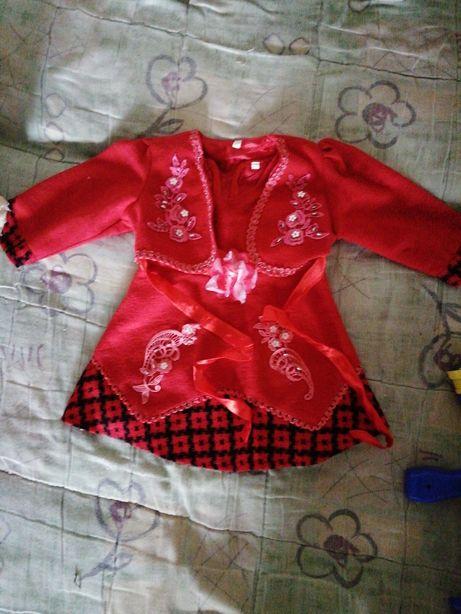 Шерстяное платье на 2 года