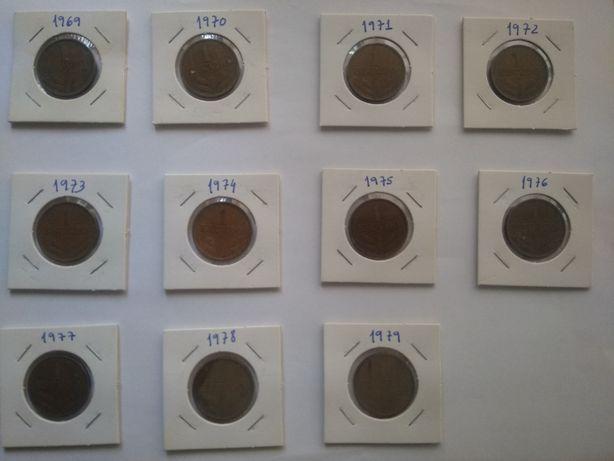 Lote de 11 moedas da Républica Portuguesa de 1 Escudo 1969 a 1979