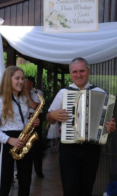 Akordeon i saksofon