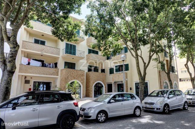 Apartamento T2 para arrendamento em São Pedro Estoril, Cascais