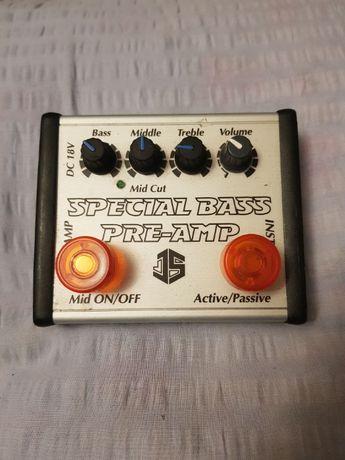 PRE-AMP efekt do gitary basowej