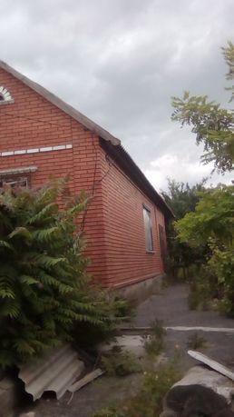 Продам дом в Каменке-Днепровской по улице Лиманной.