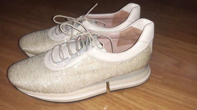 Sprzedam świetne buty Pretty Ballerinas(Pretty Rebel) r.40.Tanio