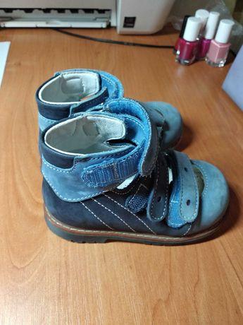 Туфли детские, вальгусная деформация