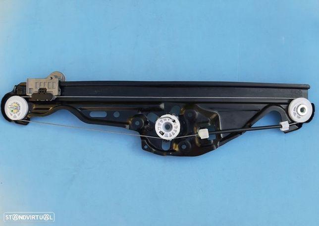 Elevador dos vidros Bmw Série 5 E60  E61 (portas de trás)  NOVO