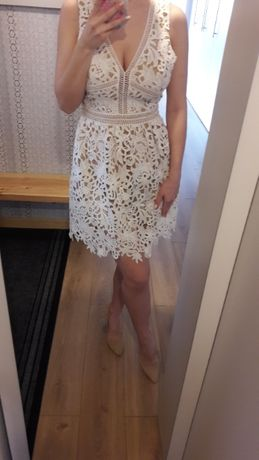 Sukienka NEW LOOK, r.38 gipiura