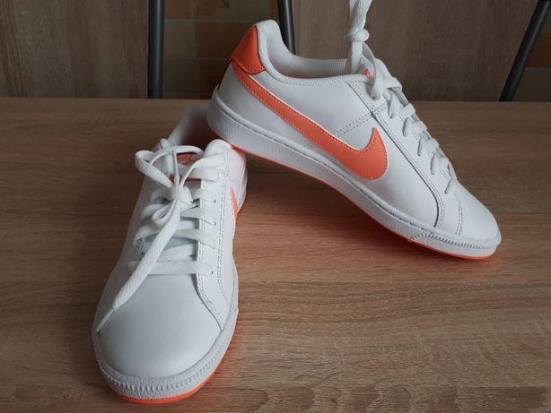 Nike Court Royale Roz 39 -25cm
