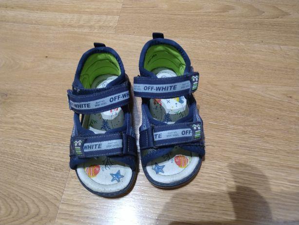 Sandałki chłopięce rozmiar 24