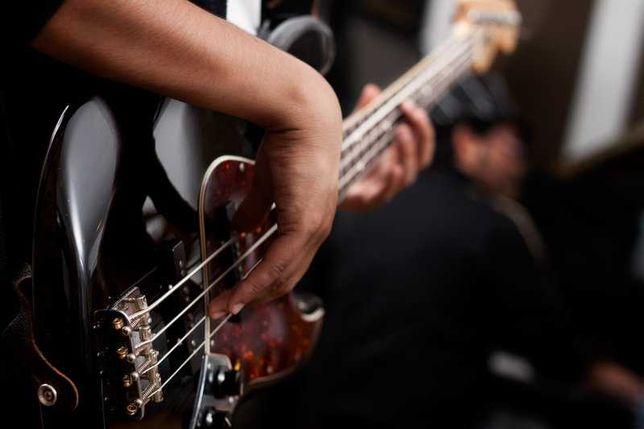 инди-рок/пост-панк группа ищет бас-гитариста