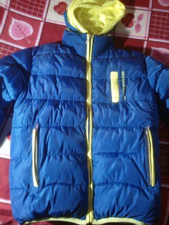 Продам куртку Новая