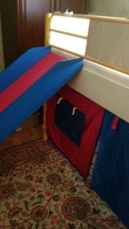 Кровать детская 2- этажная новая