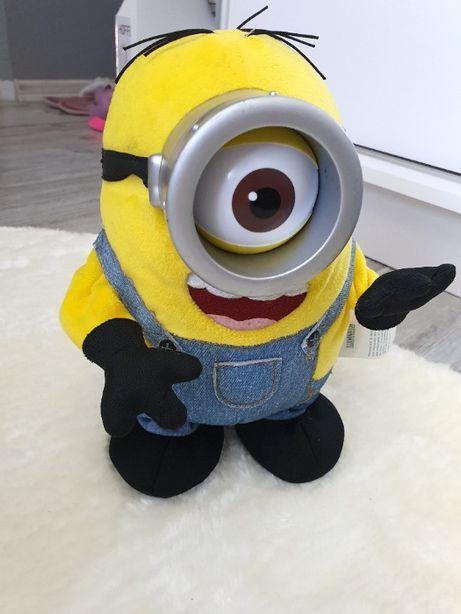 Minionek , Minionki Zabawka interaktywna Stuart Rusza Się , Śpiewa