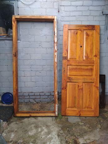 Двери входные продам