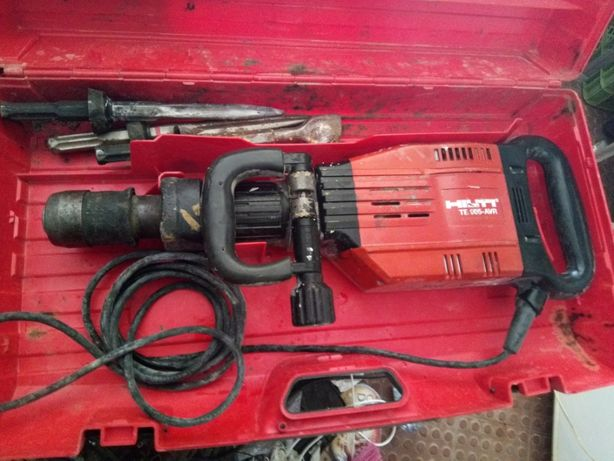 martelo demolidor hilth TE905 AVR