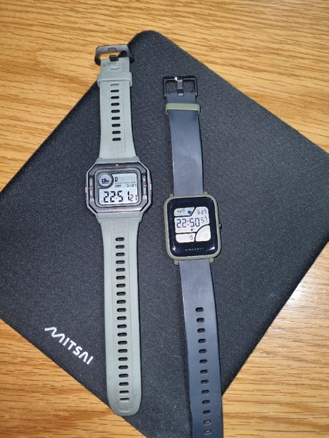 2 relógios Amazfit, semi-novos