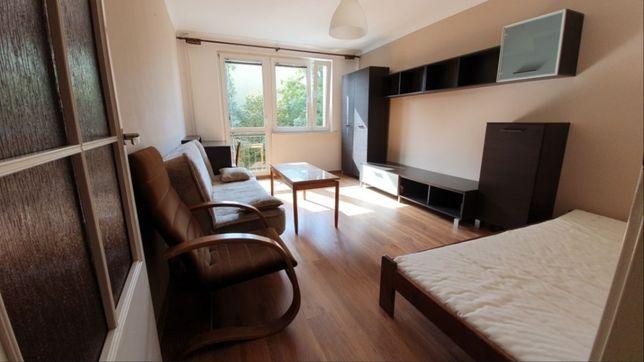 Mieszkanie 2 nieprzechodnie pokoje,widna kuchnia 48m ul Czerwieńskiego