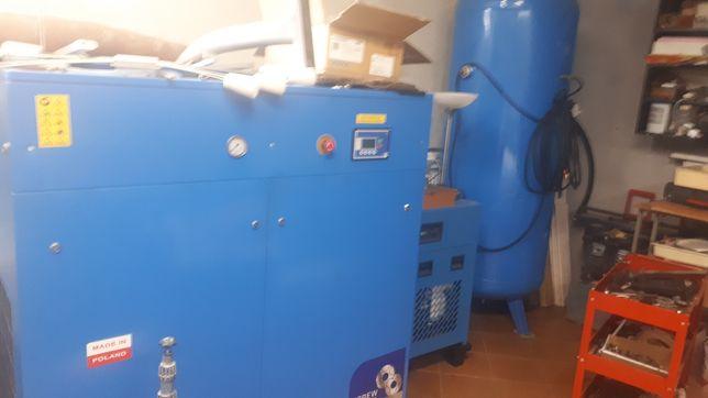 kompresor sprężarka 22kv 3200l,min Gudepol osuszacz banka 1000l zestaw