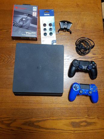 Playstation 4 slim + zestaw