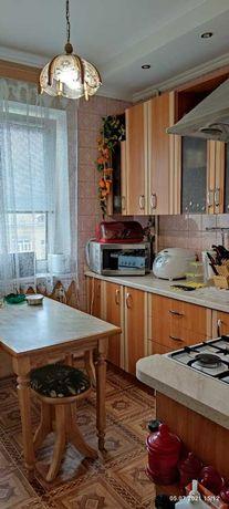 Продам квартиру Отрадный, улица Бориславская 70. Метро Шулявская