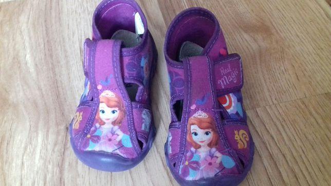 Buty pantofle kapcie paputki rozmiar 22 dziewczynka księżniczka
