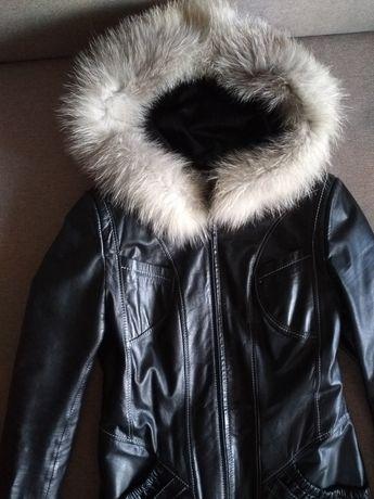 Куртка шкіряна M-L