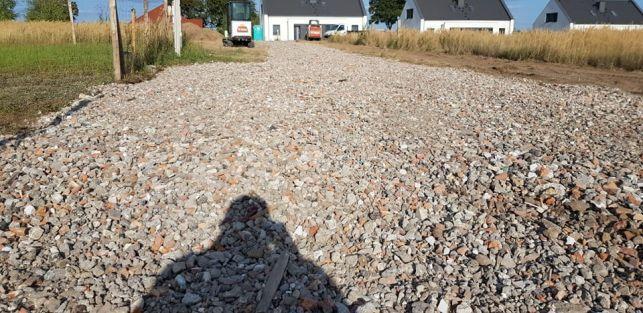 Gruz kruszony betonowy, mieszany. Utwardzenie terenu