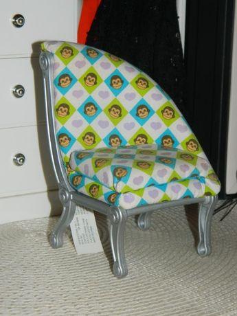 Кресло из набора Barbie Fashion Fever Go Bananas Chair кукла барби