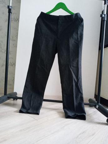 Шкільні брюки M&S 152 см