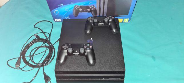 PS4 PRO 1tb. 7216B