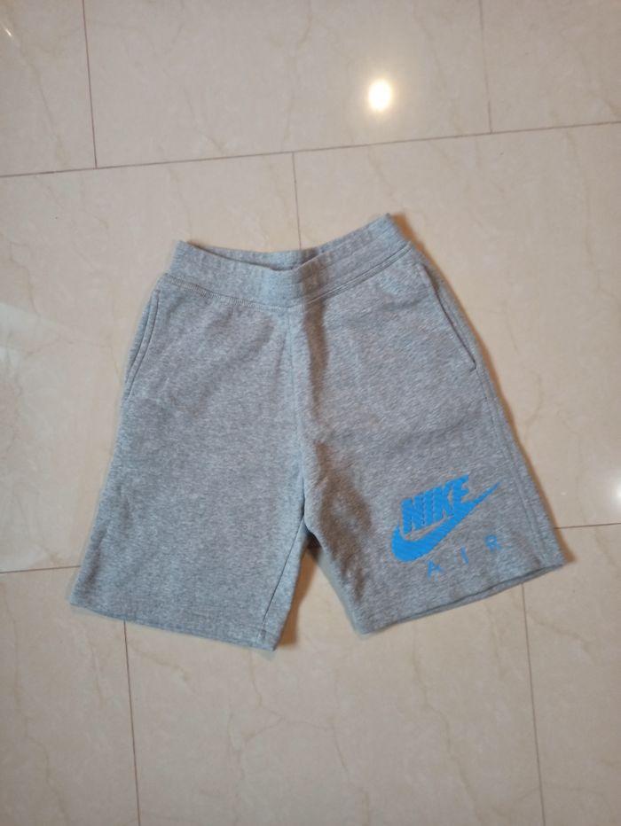 Оригинальные шорты Nike Ромны - изображение 1