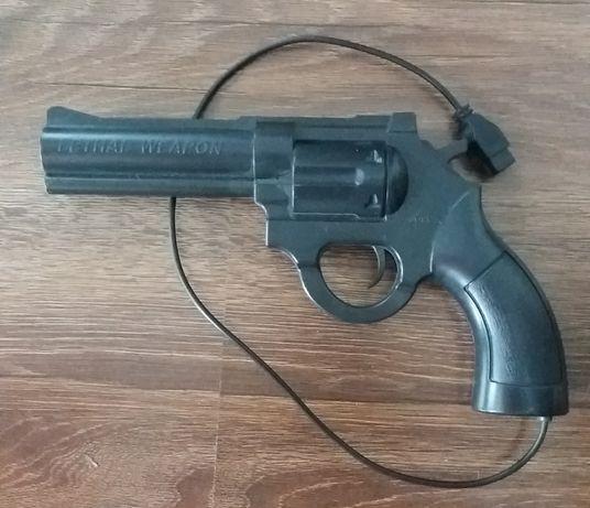 Пистолет для игровой приставки