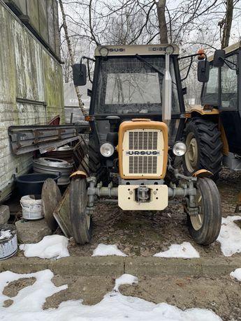Ciągnik rolniczy C-335