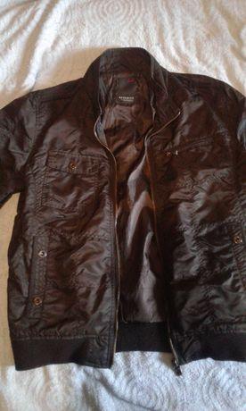 Куртка мужская плащевка в идеальном состоянии