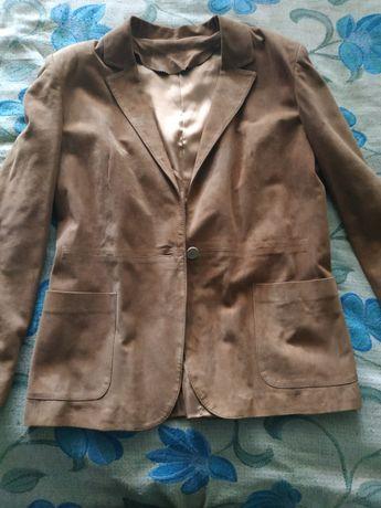 Жіночій піджак