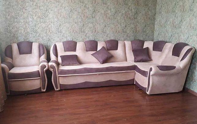 перетяжка, обивка ремонт мебели диван кресло кровати дивану крісла пуф