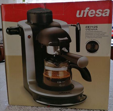 Máquina de café expresso Ufesa Nova e em embalagem original
