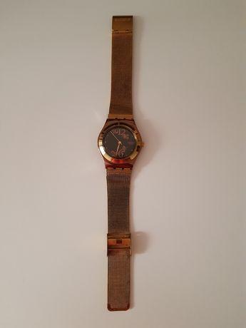 Swatch zegarek złoty damski