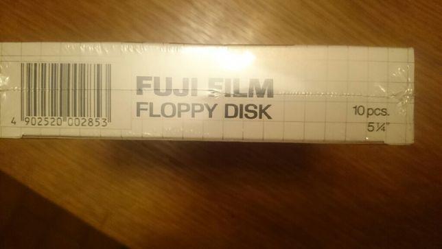 Dyskietki floppy disc 5 i 1/4 cala. 9 zł za 1 dyskietkę.