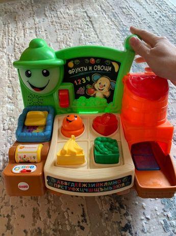 Детская развивающая игрушка прилавок с фруктами FisherPrice