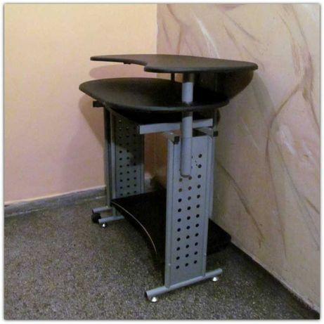 Nowoczesne MAŁE biurko komputerowe na metalowej konstrukcji rozkładane