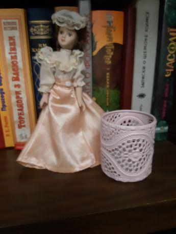 Кукла коллекционная фарфоровая