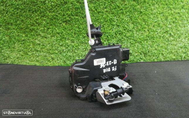 Ficheira Frt Drt Frente Direito Fecho Porta Audi A4 Avant (8E5, B6)