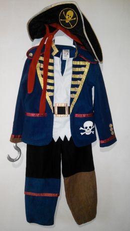 Новогодний костюм пирата разбойник очень красивый