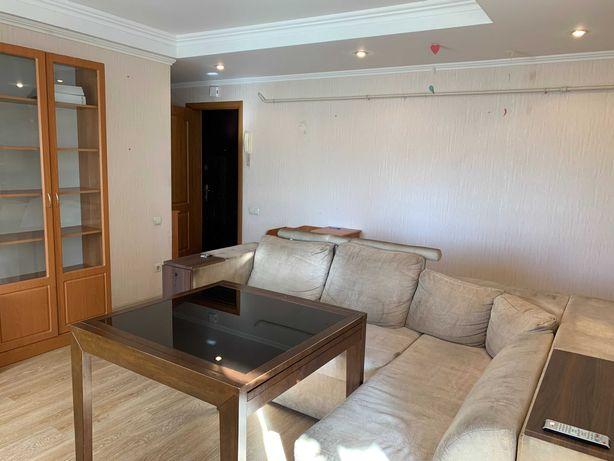 Отличная 3 комнатная на Березняках Серафимовича 19а без комиссии