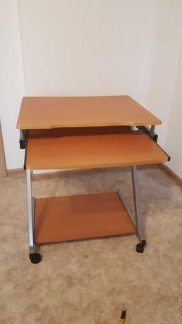 stolik na komputer
