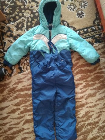 Комбинезон фирмы Одягайко(куртка и штаны)